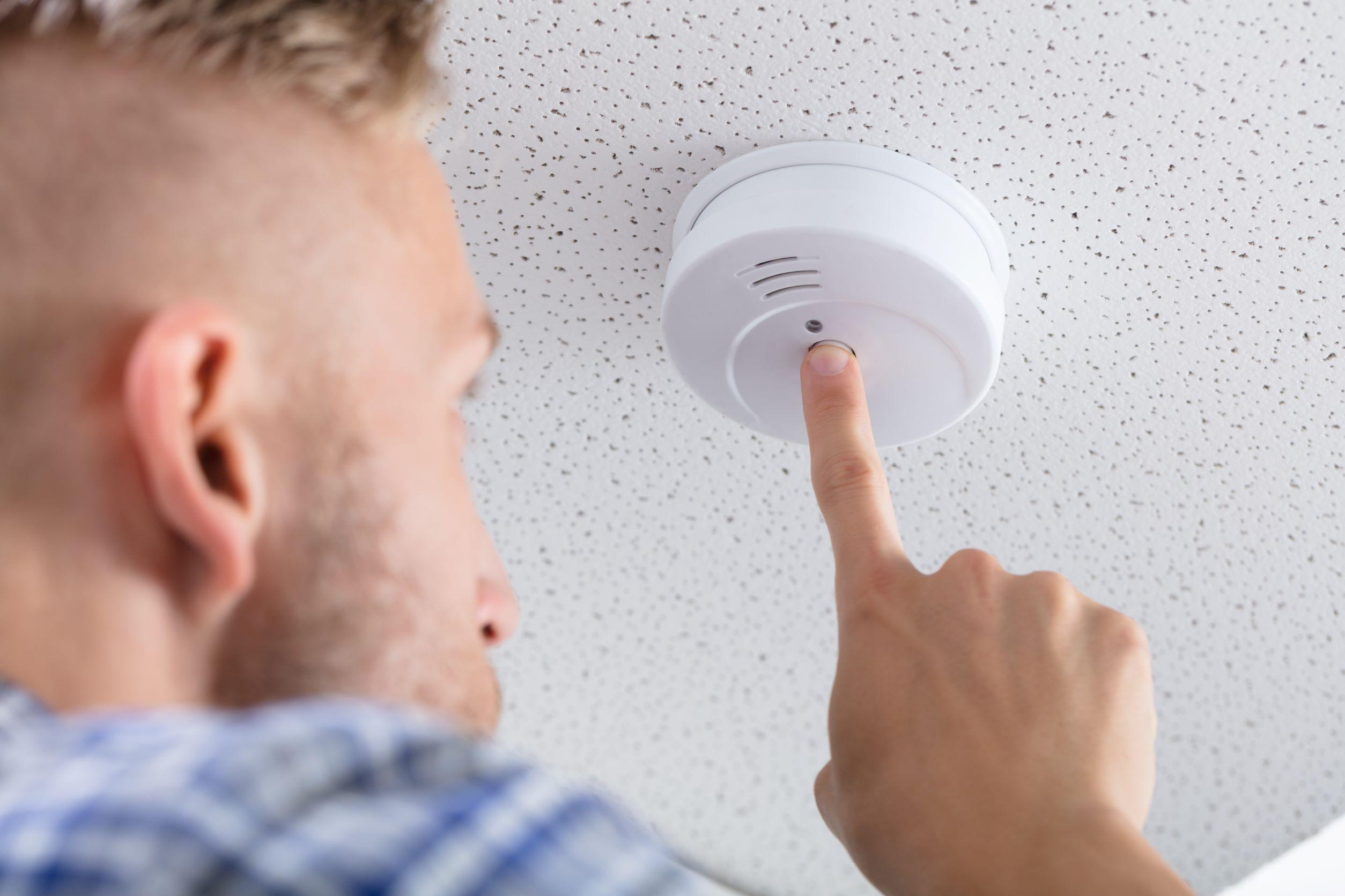 Check smoke detector as part of 12-point cold weather checklist